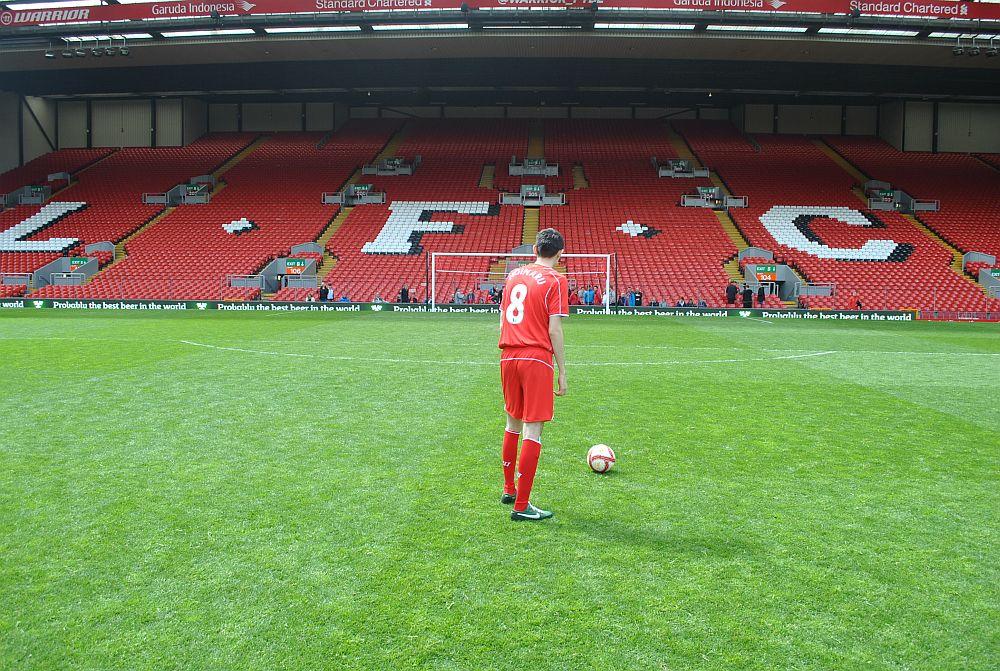 anfield_kop_shot